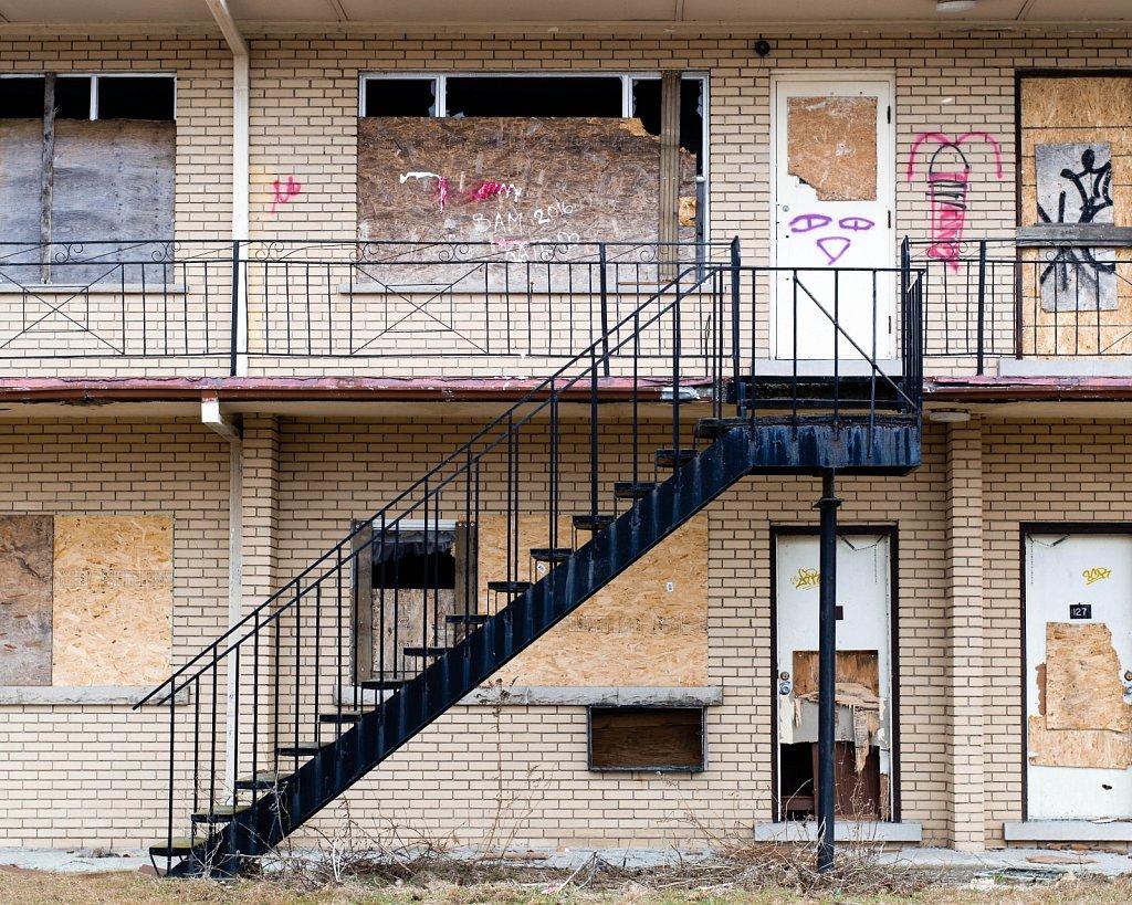 abandoned motel 2