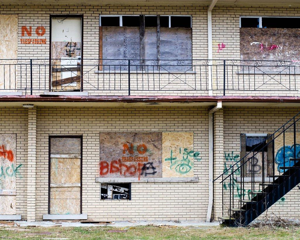 abandoned motel 3