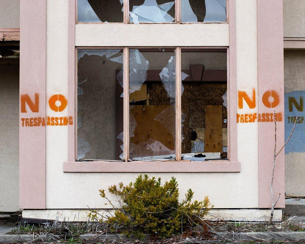 abandoned motel 5